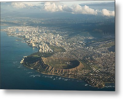 Metal Print featuring the photograph Above Hawaii by Georgia Mizuleva