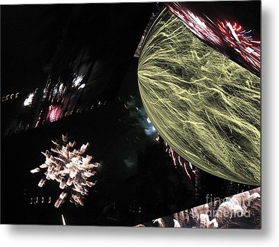 Abstract Firework - Ile De La Reunion - Reunion Island - Indian Ocean Metal Print by Francoise Leandre