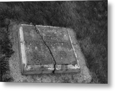 Metal Print featuring the photograph Aged Tombstone by Ryan Crouse