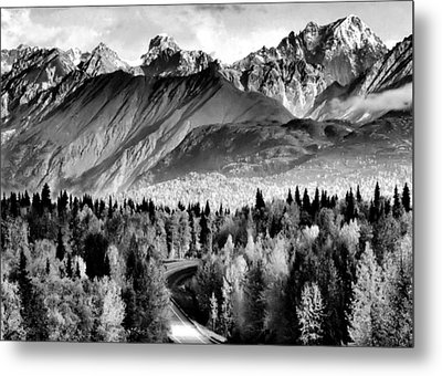 Alaskan Mountains Metal Print
