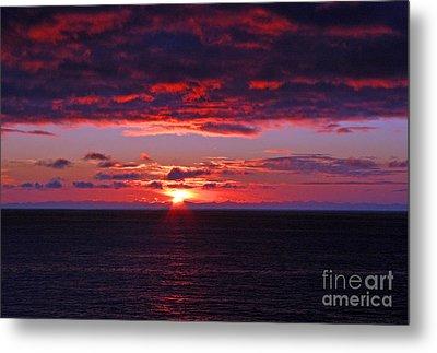 Alaskan Sunset Metal Print by Bob Hislop