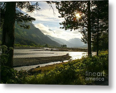 Alaskan Valley Metal Print by Jennifer White