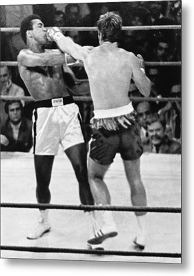 Ali-quarry Fight Metal Print by Underwood Archives