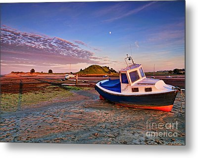 Metal Print featuring the photograph Alnmouth At Sunset by Les Bell