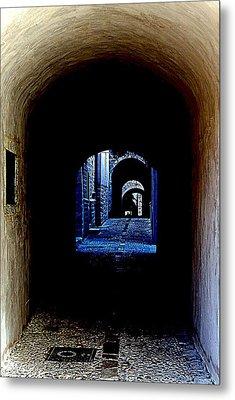 Altered Arch Walkway Metal Print by Richard Rosenshein