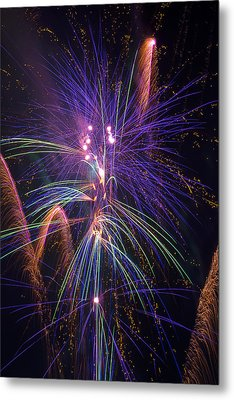 Amazing Beautiful Fireworks Metal Print by Garry Gay