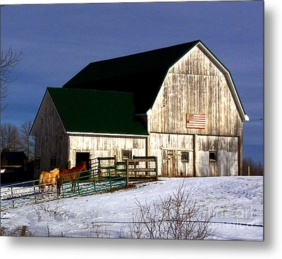 American Barn Metal Print by Desiree Paquette