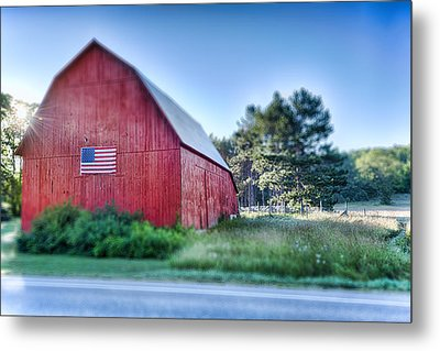 Metal Print featuring the photograph American Barn by Sebastian Musial