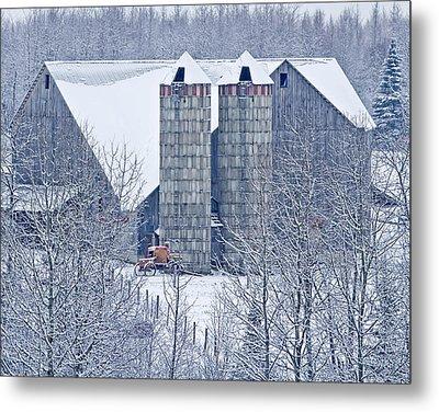 Amish Barn Metal Print by Jack Zievis