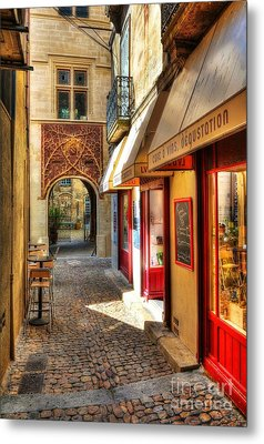 An Alley In Avignon Metal Print