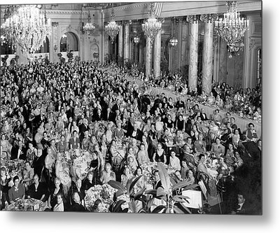 An Elegant Banquent Scene Metal Print by Underwood Archives