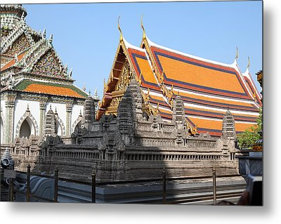Angkor Wat Model - Grand Palace In Bangkok Thailand - 01131 Metal Print