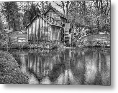 Another Look At The Mabry Mill Metal Print by Gregory Ballos