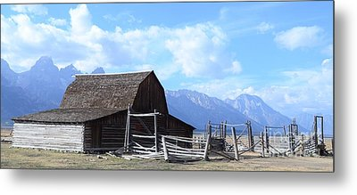 Another Old Barn Metal Print by Kathleen Struckle