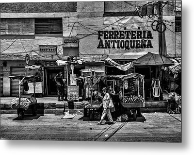 Metal Print featuring the photograph Antioquena Barranquilla  by Rob Tullis