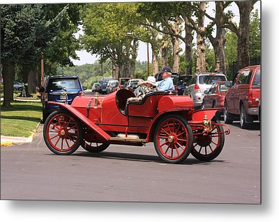 Antique Car Metal Print by Mustafa Abdullah