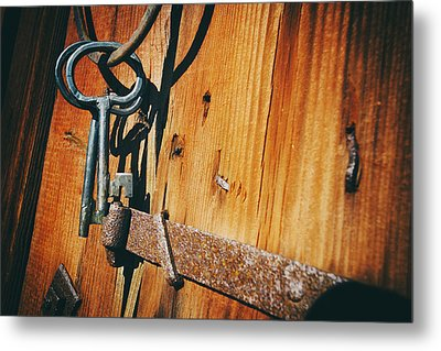 Antique Keys And Rings Metal Print by Christian Lagereek