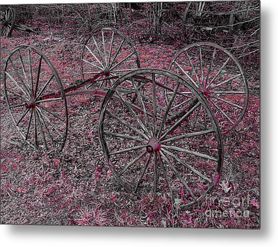 Metal Print featuring the photograph Antique Wagon Wheels by Sherman Perry