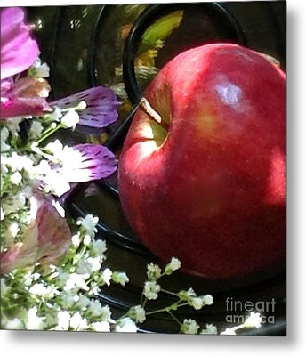 Appleflowers Metal Print by Susan Townsend