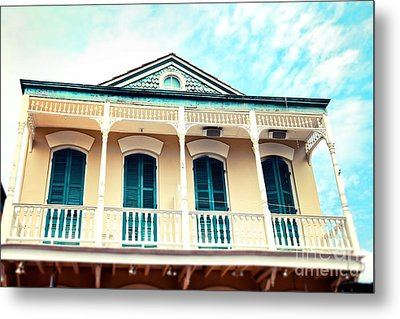 Metal Print featuring the photograph Aqua And Yellow House by Sylvia Cook