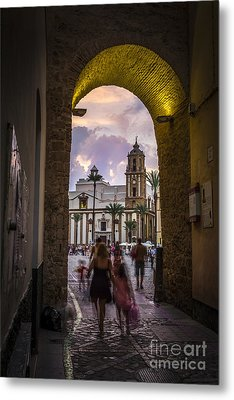 Arc Of The Rose Cadiz Spain Metal Print by Pablo Avanzini