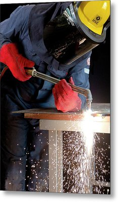 Arc Welder At Work Metal Print by Crown Copyright/health & Safety Laboratory Science Photo Library