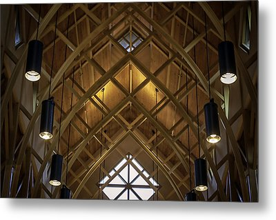Arched Trusses - University Of Florida Chapel On Lake Alice Metal Print