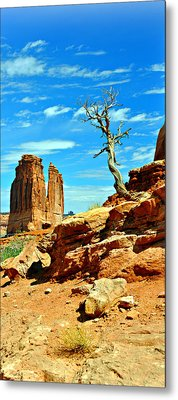 Arches Lonely Tree Metal Print by Marty Koch