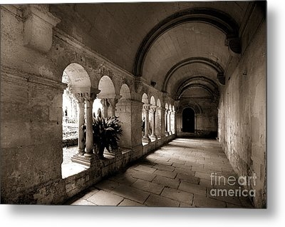 Arches Of An Old Building Metal Print