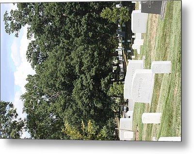 Arlington National Cemetery - 121237 Metal Print by DC Photographer