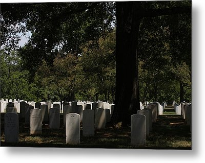 Arlington National Cemetery - 121243 Metal Print by DC Photographer