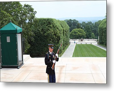 Arlington National Cemetery - Tomb Of The Unknown Soldier - 01132 Metal Print by DC Photographer