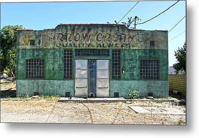 Arrow Creamery - Chino Ca Metal Print by Gregory Dyer