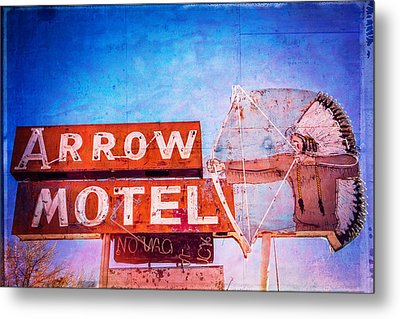 Metal Print featuring the photograph Arrow Motel by Steven Bateson