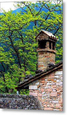 Metal Print featuring the photograph Assisi 2 by Theresa Ramos-DuVon