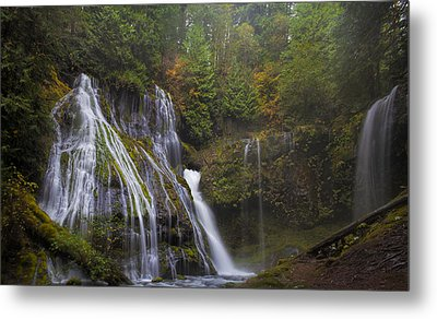 At The Bottom Of Panther Creek Falls Metal Print by David Gn