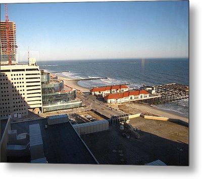 Atlantic City - 01133 Metal Print by DC Photographer