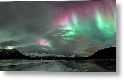 Aurora Borealis During Geomagnetic Storm Metal Print