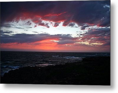 Metal Print featuring the photograph Australia Sunset by Henry Kowalski