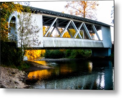 Autumn And The Larwood Bridge Metal Print