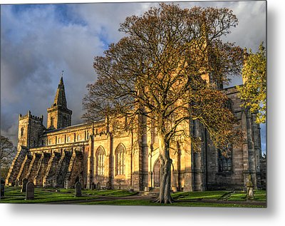 Autumn At Dunfermline Abbey Metal Print