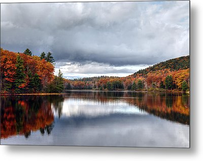 Autumn At Spectacle Pond Metal Print
