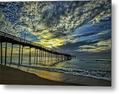 Avon Pier At Dawn Metal Print