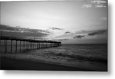 Avon Pier In Outer Banks Nc Metal Print by Kelly Hazel