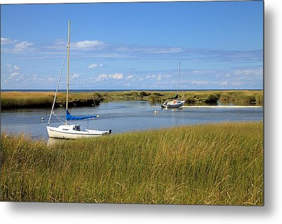 Metal Print featuring the photograph Awaiting Adventure by Gordon Elwell