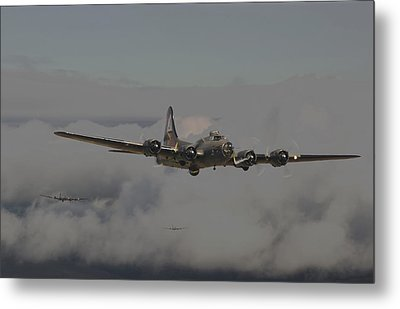 B17 Outbound - 'heavy Weather' Metal Print by Pat Speirs