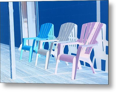 Metal Print featuring the photograph Back To Back At The Beach by Marie Neder