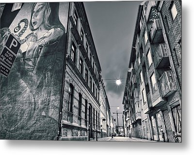 Backstreets Metal Print by EXparte SE