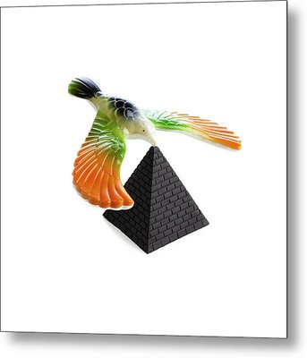 Balancing Bird Toy Metal Print by Science Photo Library