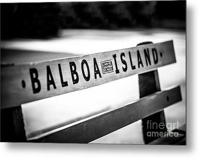 Balboa Island Bench In Newport Beach California Metal Print by Paul Velgos